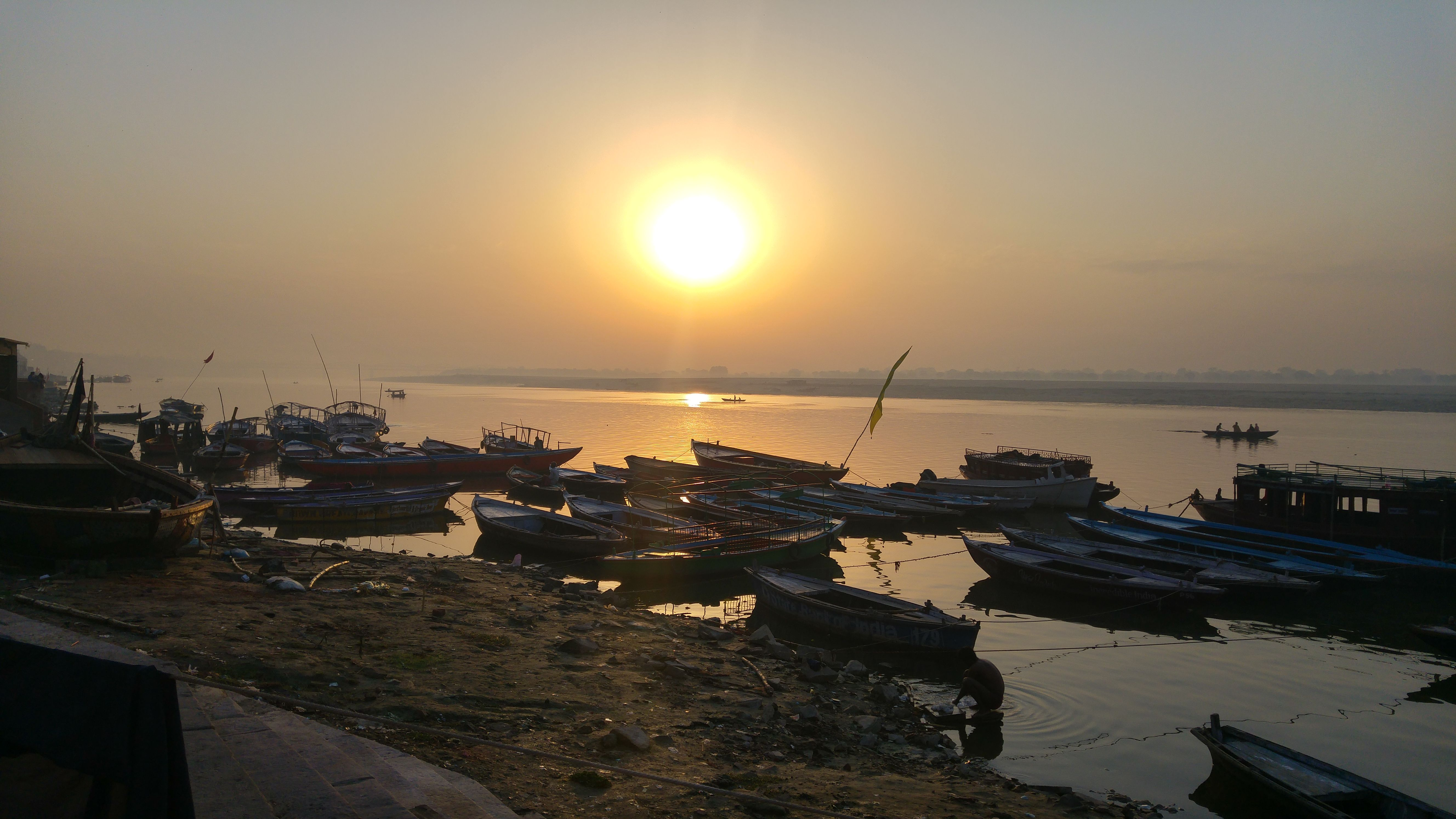 L'Alba al Ganges
