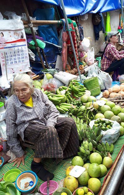 Mercado Mae Klong